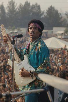 Woodstock 1969                                                  Guitar Legend Jimi Hendrix