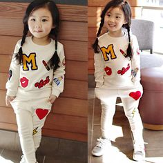 Retail 2016 New Girls Clothing Sets Baby Kids Clothes Children Clothing T Shirt + pants 2pcs Lipstick patch fashion set
