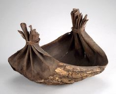 Elm Bark Container, Iroquois, early 20th century.