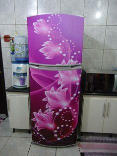 Decore, renove e proteja sua geladeira com adesivos. www.facebook.com/EnvelopamentoDeGeladeiras www.vinildecor.com.br