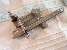 Vintage Original Singer Tucker Sewing Machine Attachment #36583