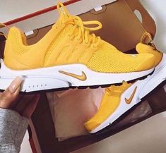 timeless design a6b1a 6b9af NIKE PRESTO Women Fashion Running Sport Casual Shoes Sneakers Yellow