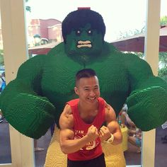 Who won this posedown? Me and my bro Hulk in Lego store last Friday in Disneyland. Got the advantage I say being lean, Hulk on that forever bulk life!!