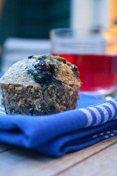 Blueberry Quinoa Pecan muffins - I am definitely making these! Eat Breakfast, Breakfast Recipes, Snack Recipes, Dessert Recipes, Snacks, Free Recipes, Desserts, Blueberry Quinoa Muffins, Blueberry Scones