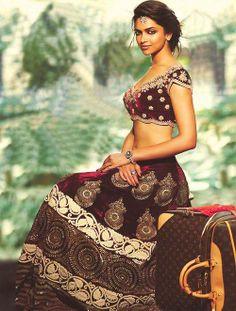 Deepika padukone sizzling in maroon color designer lehenga