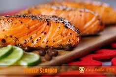 Do you know what is the key to smoke a salmon? Smoked Salmon is fabulously benefiting our body. With the delicious smoked salmon recipe here, healthy diet is easier to accomplish. Salmon Recipes, Seafood Recipes, Diet Recipes, Healthy Recipes, Healthy Meals, Soup Recipes, Healthy Life, Bourbon Glazed Salmon, Maple Salmon