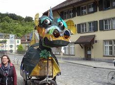 Une vache avec plusieurs de couleurs à Berne