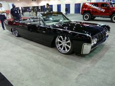 Need this in my life. MobSteel 63 Lincoln.