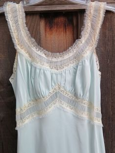 Vintage 1940/'s Blue Rayon Nightgown Dress Gorgeous Floral Lace Pinup Girl