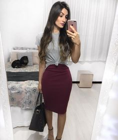 Pencil skirt paired with T-shirt outfit inspiration/ideas Modest Outfits, Trendy Outfits, Dress Outfits, Summer Outfits, Cute Outfits, Dresses, Modest Wear, Shirt Outfit, Work Fashion