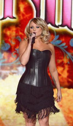 Miranda Lambert performing at the 2013 ACM Awards