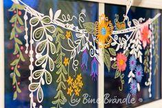 Chalk Pens, Chalk Markers, Chalk Art, Spring Window Display, Store Window Displays, Casa Magnolia, Painted Window Art, Window Paint, Window Mural
