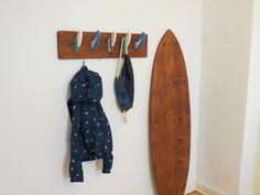Deko Surfbrett + Surf Finnen Garderobe: Surf Möbel #surfstyle #hawaii  #mädchen #