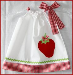 Country Chic Red Strawberry Applique Dress by LilBitofWhimsyCoutur Little Girl Dresses, Girls Dresses, Dress Outfits, Kids Outfits, Applique Dress, Dress With Bow, Sewing For Kids, Sewing Ideas, Country Chic