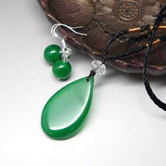 Genuine green agate necklace natural green stone necklace chakra crystal healing jewelry set earrings crystal healing teardrop pendant