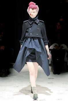 Comme des Garçons Fall 2009 Ready-to-Wear Collection Photos - Vogue