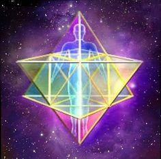@solitalo El Merkabah es el cuerpo de luz utilizado para pasar a través de distintas dimensiones y comunicarnos con los diferentes universos. Hay un campo de energía que envuelve a cada elemento de...