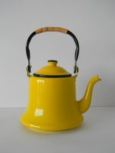 Vintage Yellow Enamel Tea Kettle with Rattan wrapped handle from MonkiVintage
