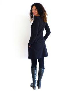 Entdecke lässige und festliche Kleider: Kleid mit Taschen, Schnuffistoff - schwarz made by by sita via DaWanda.com