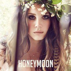 "Lana Del Rey - Music To Watch Boys To   Bellissime atmosfere per il brano tratto dal nuovo album ""Honeymoon""."