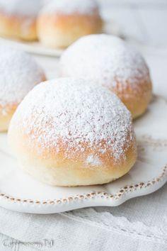 Delikatne pączki pieczone z budyniem Hamburger, Bread, Baking, Homemade Recipe, Food, Recipes, Patisserie, Bakken, Hamburgers