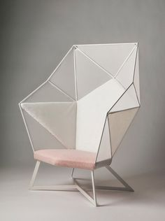 Oric black modern chair inspired by polyhedron origami for Chaise origami