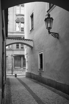 Prague nooks - shared with pixbuf.com #prague #street #city #oldtown #bw #blackwhite #leica