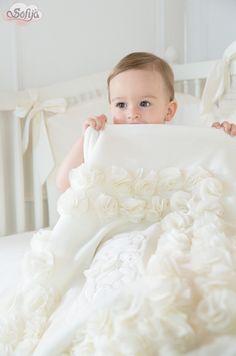 Bogato zdobiony kocyk Liliana z delikatnej bawełny  www.sofija.com.pl  #sofija #chrzest #kocyk #dziecko #bawełna #kidsfashion #baby #celebration #cotton #kinder #kindermode #enfant #ребенок