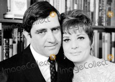 Barbara Walters Photo - Barbara Walters and Lee Guber Photo By:Globe . Celebrity Couples, Celebrity Weddings, Wedding Couples, Married Couples, Barbara Walters, Always And Forever, Old Hollywood, True Love, Movie Tv