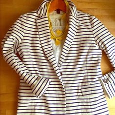 J crew striped blazer Think comfy and thick in goes with everything stripes. Dress up your shorts or over all your dresses. Year round essential. Like new conditions. No flaws. Slight stretchy. White and blue J. Crew Jackets & Coats Blazers