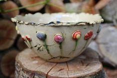 Image result for Hübsche kleine Feuerschale für deinen Gartentisch, in der du deine übrig gebliebenen Kerzenstummel recyclen kannst. Wäre ja schade, um den guten Wachs. Die Feuerschale ist mit einem Dauerdocht