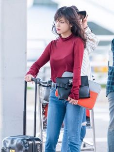 Kpop Fashion, Cute Fashion, Asian Fashion, Girl Fashion, Airport Fashion, Jimin Aoa, Shin Jimin, Kpop Girl Groups, Korean Girl Groups