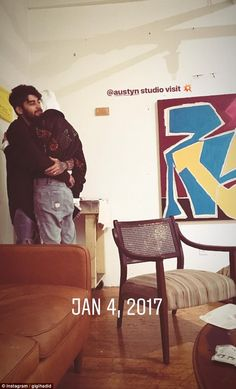Gigi Hadid Shares Never-Before-Seen Photos With Zayn Malik!: Photo In honor of the end of Gigi Hadid is looking back on memories with her boyfriend Zayn Malik! While the super cute couple have been keeping their relationship… Gigi Hadid Und Zayn, Gigi Hadid And Zayn Malik, Zayn Mallik, Zayn Malik Photos, Gigi Hadid Style, Intimate Photos, Epic Fail Pictures, One Direction Pictures, Famous Couples