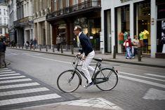 Antwerp Cycle Chic_4 by Mikael Colville-Andersen, via Flickr