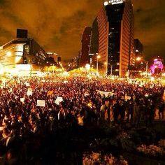 Impresionante la cantidad de personas en la marcha por Ayotzinapa #EPNBringThemBack