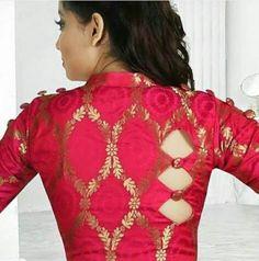 Stylish Blouse Back Neck Designs for Modern Look - Fashion Black Blouse Designs, Saree Blouse Neck Designs, Latest Blouse Designs, Indian Blouse Designs, Saree Blouse Patterns, Choli Designs, Mehndi Designs, Sari Bluse, Kurta Neck Design