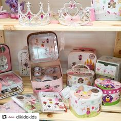 #Repost @dikidokids great display of #flossandrock products. #toys #games #traditionaltoys #playtime #gifts