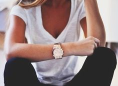 LoLoBu - Women look, Fashion and Style Ideas and Inspiration, Dress and Skirt Look Fashion Mode, Look Fashion, Fashion Beauty, Womens Fashion, Beauty Style, Petite Fashion, Teen Fashion, Looks Chic, Looks Style