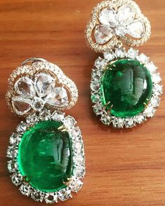 @paulomisanghavi. #emeralds #cabochons #colombian