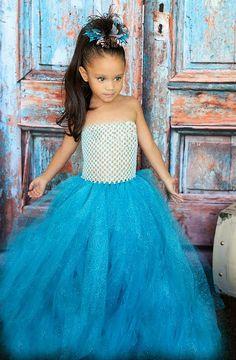 Newborn Size 9 Sparkly Glitter Turquoise Tutu by krystalhylton