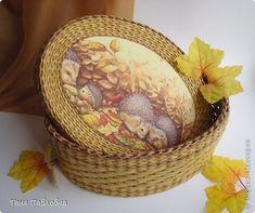 шкатулка плетеная из бумажной лозы