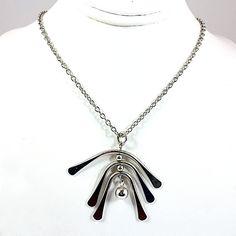 Windchimes Necklace Vintage Avon Pendant Silver Tone Retro 18in Signed n249