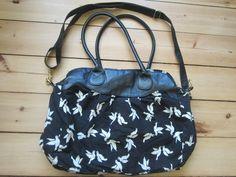 c92864e185653 H M große Tasche Schwalben   Vogel schwarz weiß - kleiderkreisel.at