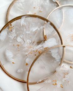 Diy Resin Art, Diy Resin Crafts, Diy And Crafts, Diy Resin Coasters, Stained Glass Crafts, Resin Artwork, Alcohol Ink Art, Resin Molds, Resins