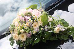 Autoschmuck zur Hochzeit Vintage-Hochzeit im Sommer im Riessersee Hotel Garmisch-Partenkirchen, Bayern - Vintage wedding in Germany, Bavaria, lake & mountains