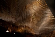 Hashi Mori Chopstick forest by Affect Studio. An installation composed of 13,454 hand-stained chopsticks hanging from the ceiling creates a delicate canopy over a brand new Japanese restaurant in Berlin!