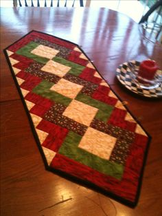 My first quilt Christmas table runner 2010