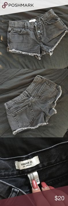 F21 Denim Button Up Shorts Super cute never worn Forever 21 Shorts Jean Shorts
