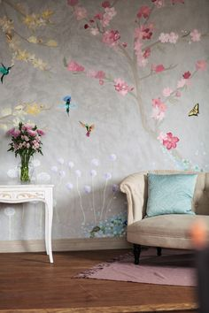 Can you imagine having this gorgeous, hand-painted floral wallpaper in your home? It's so stunning.