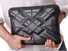 Travel Gadgets Guide With Tech Ninja Tshaka Armstrong - Los ...